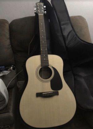 FENDER DG-60 Guitar + Roadrunner Case for Sale in Paramount, CA