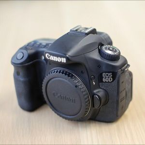 Canon EOS 60D for Sale in Los Angeles, CA