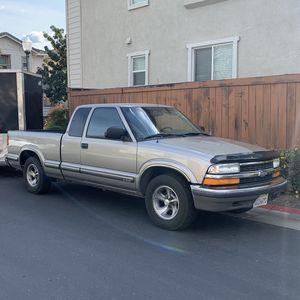 2000 Chevrolet S-10 for Sale in Sacramento, CA