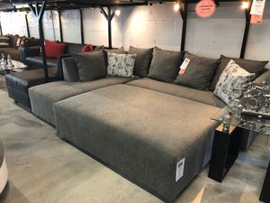 L sectional for Sale in Hialeah, FL