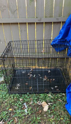 Dog crate with divider. for Sale in Lebanon, OH