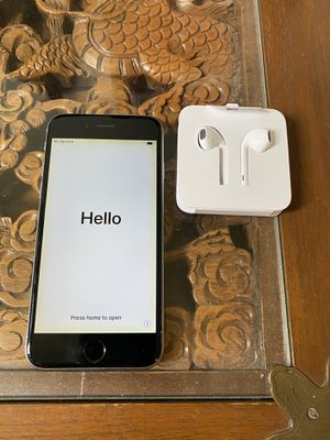 iPhone 6 16g With New Apple Earphones for Sale in Carlsbad, CA
