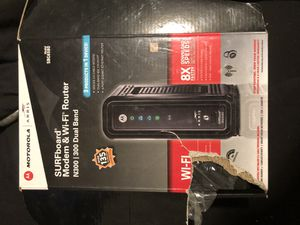 Motorola surfboard and WiFi router for Sale in Fresno, CA