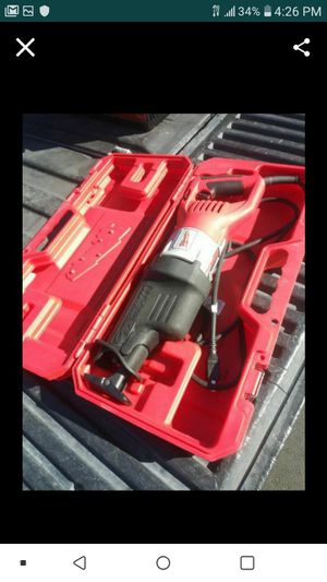 MILWAUKEE 15AMP VARIABLE SPEED SAWZALL GREAT CONDITION MUY BUENAS CONDICIONES🙏✌💪✌💪 for Sale in Torrance, CA
