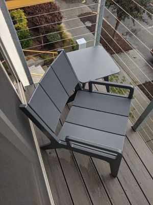 Outdoor chair and end table for Sale in Seattle, WA