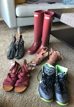 Shoes! Women's Hunter Tall rain boots 8, men's Nike basketball 10.5 for Sale in Fullerton, CA