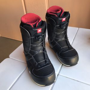 Snowboard boots size 9 - K2 - Boa - Men's for Sale in Irvine, CA