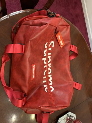 Supreme duffel bag/ carry on for Sale in Columbus, OH