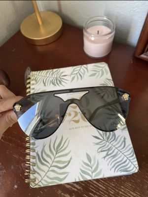 Versace sunglasses for Sale in Rowland Heights, CA