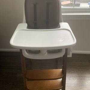 Oxo Tot Highchair for Sale in Haverford, PA