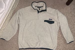 PATAGONIA PULLOVER SWEATER!! GREAT CONDITION & GREAT QUALITY!! for Sale in Las Vegas, NV
