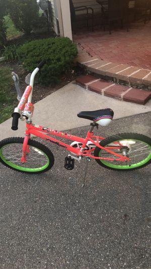 Girls 20 inch bike for Sale in West Bloomfield Township, MI