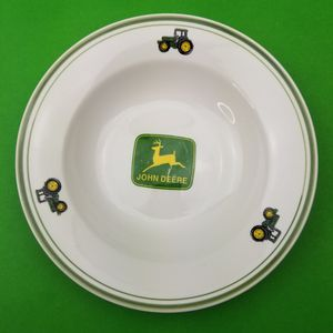 "John Deere 9"" Soup Bowl Tractors Farm Licensed Gibson Dinner Salad Deer Green for Sale in Hephzibah, GA"