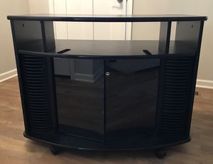 Entertainment Stand w Rollers for Sale in Columbus, OH