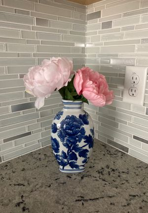 Beautiful Flower Vase with Poeny for Sale in Dublin, CA