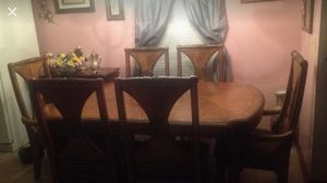 Vintage Dining Room Table w/ six Chairs for Sale in Kingsport, TN