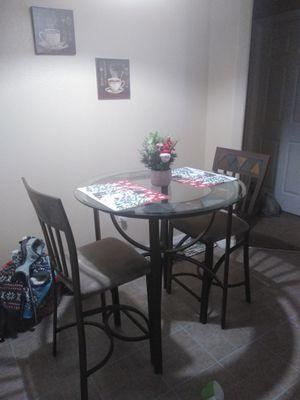 Juegos de comedor de dos silla en hierro for Sale in Poinciana, FL