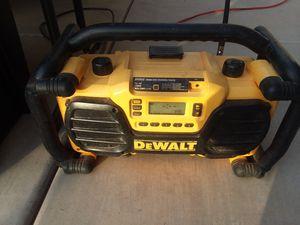 Heavy duty DeWalt radio. Exelent condition for Sale in Queen Creek, AZ