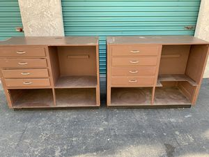 Workbench table dressers for Sale in Buena Park, CA