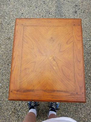 Drexel Heritage Mesa End Table for Sale in Toms River, NJ