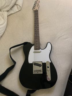 Electric guitar bundle for Sale in East Wenatchee,  WA