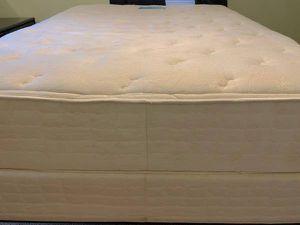 Queen Platform Bed: Serta Mattress/Box Spring:Pet/Smoke Free Home for Sale in Durham, NC
