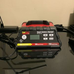 Ever Start, Smart Battery Charger Is New without Box for Sale in Long Beach, CA