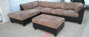 Brown Sectional and ottoman for Sale in Irving, TX