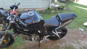 Motorcycle suzuki 2005 for Sale in Houston, TX