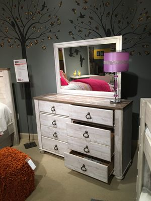6 Drawer Dresser **Mirror Not Included**, Whitewash for Sale in Norwalk, CA
