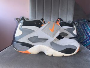 Men Nike Shoes 12Y for Sale in Philadelphia, PA