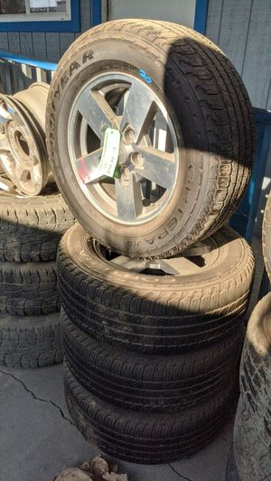 Set of wheels n tires of a 06 jeep commander for Sale in San Diego, CA