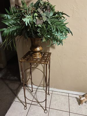 Fake plant with stand for Sale in Fresno, CA