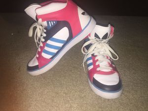 Adidas size 6 1/2 for Sale in Lutherville-Timonium, MD