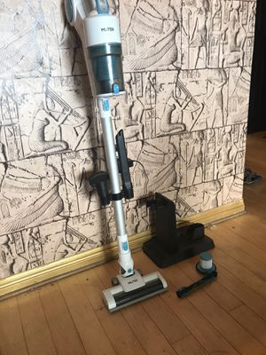 Cordless electric vacuum. for Sale in Salt Lake City, UT