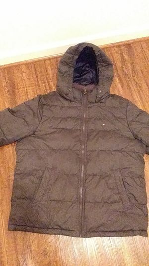 Tommy hilfiger puffy jacket for Sale in Alexandria, VA