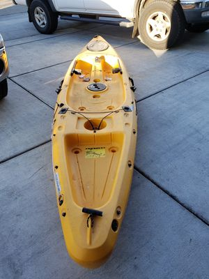 Field &Stream 12ft kayak for Sale in Fresno, CA