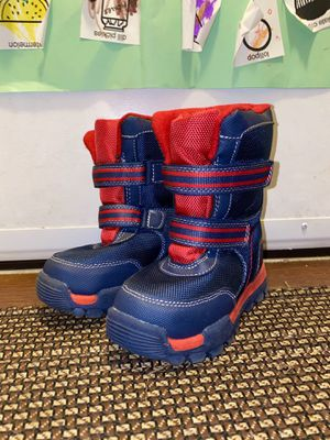 ⛄️ SIZE 8 Kids Snow Boots size like new for Sale in Bothell, WA