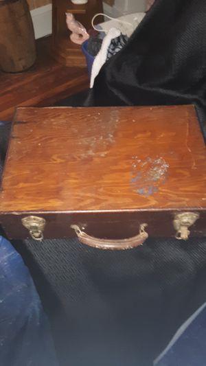 Antique wood suitcase for Sale in Yorktown, VA
