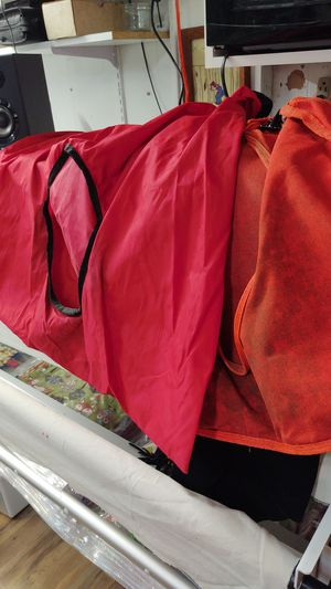2 hanging feed bags. for Sale in Snohomish, WA