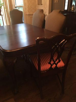 Rectangle shaped dining table for Sale in Franklin, TN