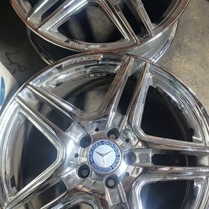 Mercedes-Benz E Class Stock Chrome Rims for Sale in San Jacinto, CA