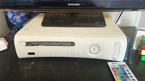 Xbox 360 with power cord. 2 controllers and a kinect for Sale in Elma, WA