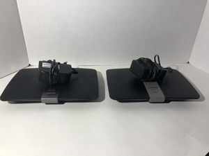 Lot of 2 - LINKSYS E4200 AND EA4500 Router for Sale in Deltona, FL