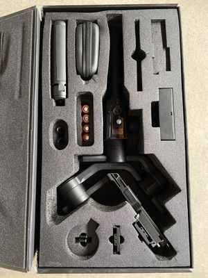 Moza - Air 2 3-Axis Handheld Gimbal Stabilizer(no carry case ) for Sale in La Puente, CA