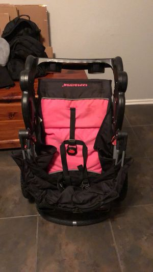 Expedition jogging stroller(pink) for Sale in Houston, TX