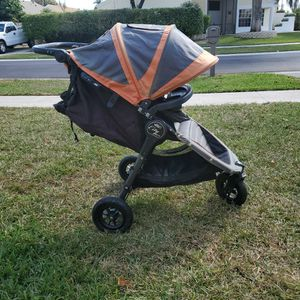 City Mini GT, Orange And Black for Sale in Boca Raton, FL