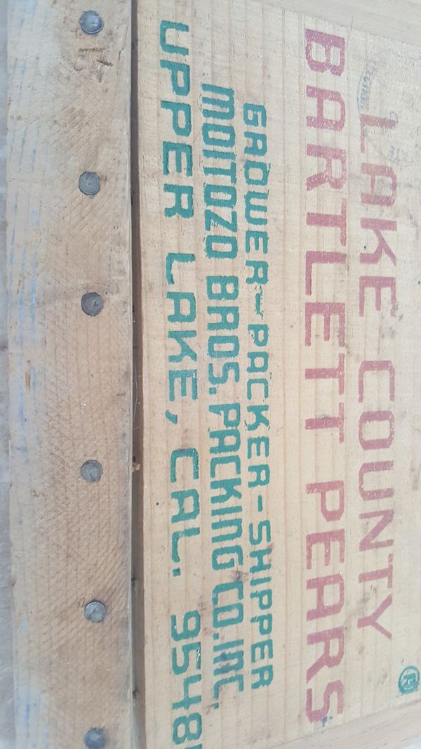 Antique sign from a wooden Pear box