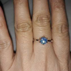 925 Sterling Silver Opal Ring, Size 9. for Sale in Dallas,  TX