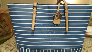 Purse by Guess for Sale in Frederick, MD